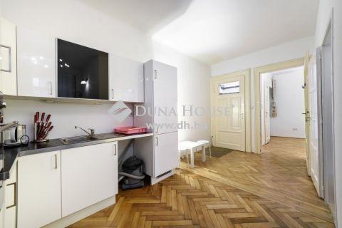 Eladó Lakás, Budapest 5. kerület - Fővám térnél 2in1