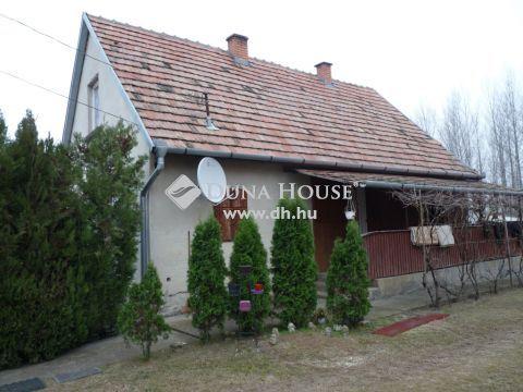 Eladó Ház, Pest megye, Újszilvás