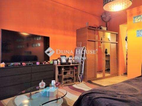 Eladó Lakás, Budapest - Garay Center közelében, jó állapotú garzon lakás!