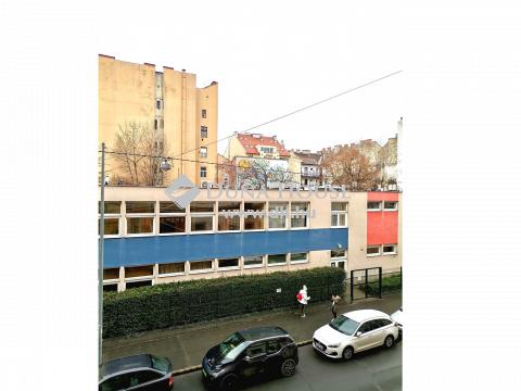 Eladó Lakás, Budapest - LIGET MELLETT, 2 TÁGAS SZOBA, ELSŐ EMELET, RENDEZETT KÖRNYEZET
