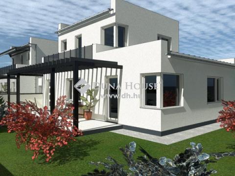 Eladó Ház, Szabolcs-Szatmár-Bereg megye, Nyíregyháza - Malomkert aszfaltozott utcájában