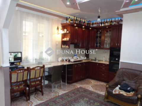 Eladó Ház, Budapest - Óhegyen önálló családi ház