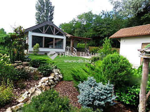 Eladó Ház, Fejér megye, Gárdony - Egyedi, új építésű ház álomkerttel, napelemekkel, a strandtól 10 percre
