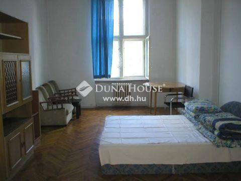 Eladó Vendéglátás, Budapest - Angyalföld központjában épület sok lehetőséggel
