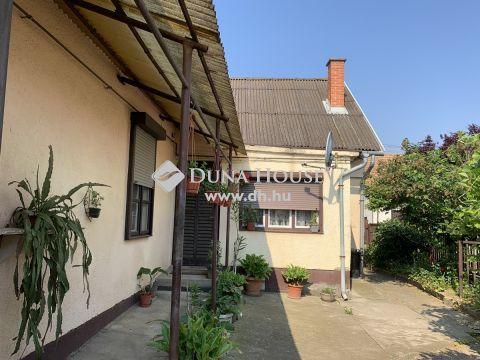 Eladó Ház, Somogy megye, Kaposvár - Kaposvár csendes utcájában  családi ház eladó!
