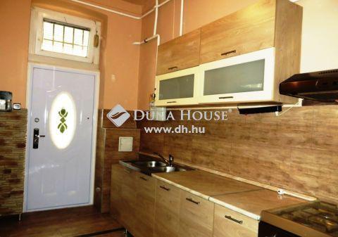 Eladó Lakás, Budapest - Frissen felújított, 2 szoba, jó közlekedés