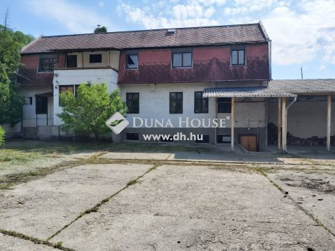 Eladó Irodaépület, Borsod-Abaúj-Zemplén megye, Miskolc