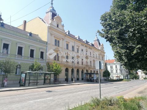 Kiadó Üzlethelyiség, Zala megye, Zalaegerszeg - Nívós üzlethelyiség KIADÓ hosszútávra Zalaegerszeg központjában