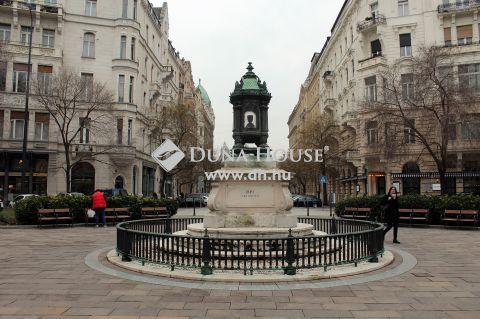 Eladó Lakás, Budapest 5. kerület - Batthyány-örökmécses közelében, III.emeleti, utcára néző