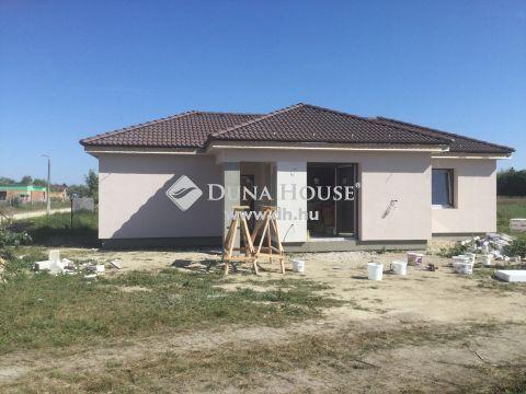 Eladó Ház, Somogy megye, Siófok - Balatontól pár száz méterre új építésű ház