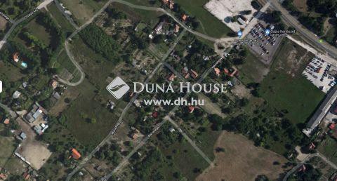 Eladó Telek, Bács-Kiskun megye, Kecskemét - Máriahegyben jó helyen HOBBY 720 m2 telek!