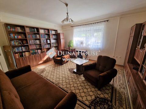 Eladó Lakás, Pest megye, Szigetszentmiklós - Kiváló közlekedéssel, mindenhez közel, jó állapotú lakás